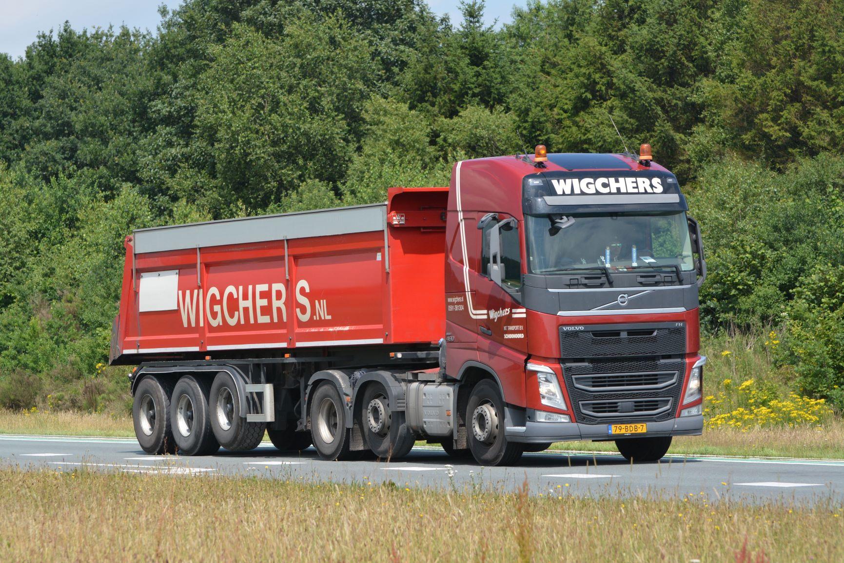 Transport met wegenbouwkipper